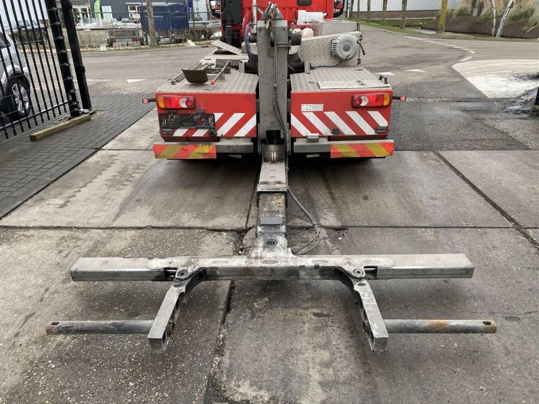 takelwagen-bergingswagen-vrachtwagen Renault D180 EURO 6 + OMARS S4TZFLK-002 MET REMOTE 2016