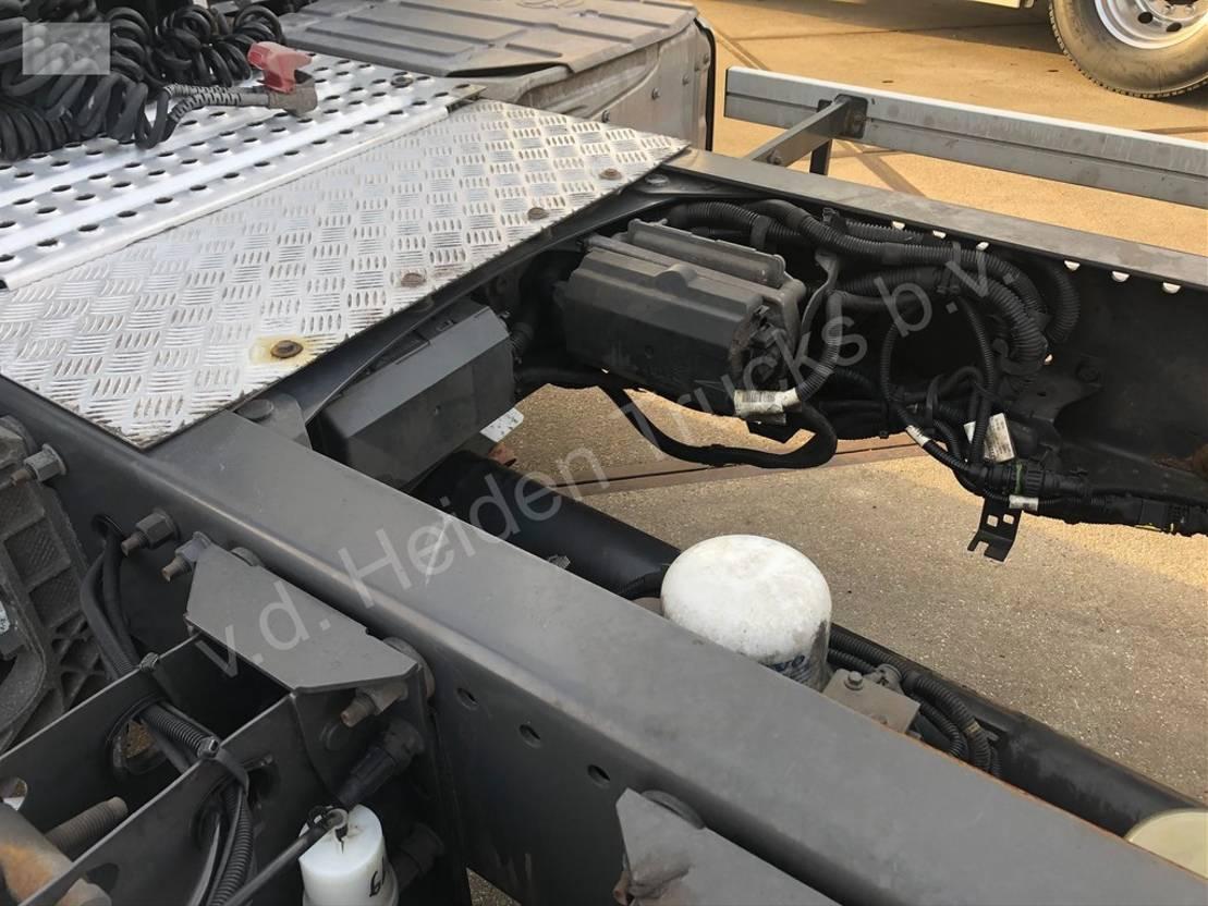 gevaarlijke stoffen trekker Volvo FH 420 | ADR | I-Shift 2015