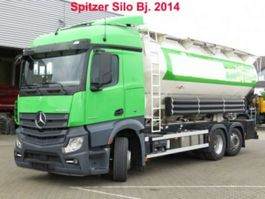 tankwagen vrachtwagen Mercedes-Benz Actros 2545 neu L 6x2 Silo 4 Kammern/31.000 ltr 2014