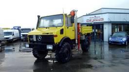 platform vrachtwagen Unimog U 1650 mit Kran und Pritsche /Ahk. 1993