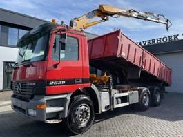 kipper vrachtwagen > 7.5 t Mercedes-Benz Actros 2635 2635K 6x4 Tipper/Crane 2000