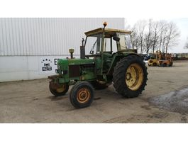 standaard tractor landbouw John Deere 2130 1975