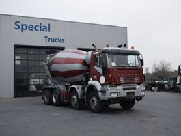 betonmixer vrachtwagen Iveco Trakker 440 8X4 + Cifa Concrete mixer (9m3) 2005