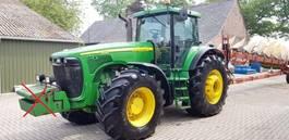 standaard tractor landbouw John Deere 8520 Powershift 2003