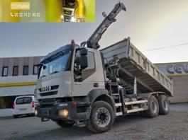 kipper vrachtwagen > 7.5 t Iveco Trakker 450 6x4 Kipper + kraan HIAB euro5 2007