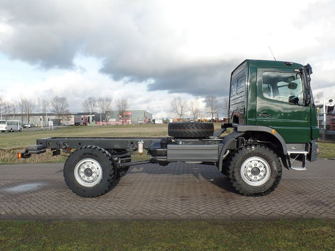 chassis cabine vrachtwagen Mercedes-Benz Atego 1317 1317-A 4x4 - Euro 2 - Chassis Cabine - RHD - NEW