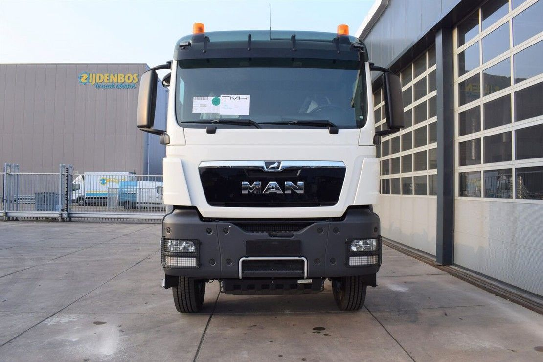 chassis cabine vrachtwagen MAN TGS 33 4x BB-WW 6×4 CHASSIS-CABIN ADR / NEW 2021 / ZF MANUAL 2021