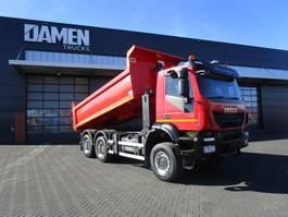 kipper vrachtwagen > 7.5 t Iveco TRAKKER 410 6x6 Euro 6 Kipper/Trekker 2015