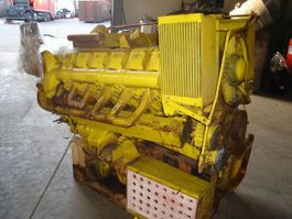 Motor vrachtwagen onderdeel Deutz v 12 motor
