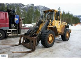 wiellader Volvo L70 Wheel loader with 3-function, bucket and palle 1988