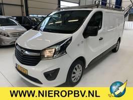 gesloten bestelwagen Opel vivaro l2 airco navi impriaal 2015