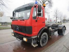 containersysteem vrachtwagen Mercedes-Benz MB 1620 Leebur Haaksysteem  ex brandweer 1988