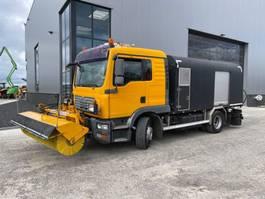 overige asfalteermachine MAN TGM 15.240 bitumen spray truck 2009
