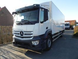 bakwagen vrachtwagen Mercedes-Benz Antos 1833 L 2017