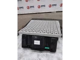 Chassisdeel vrachtwagen onderdeel DAF Occ deksel batterijbak DAF CF85