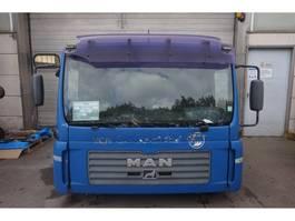 cabine - cabinedeel vrachtwagen onderdeel MAN F99L17 TGA 2004