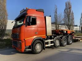 zware last trekker Volvo FH16-700 FH16 700 8x4 2011