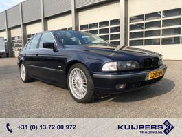 sedan auto BMW 5-serie 540i 4 Liter V8 / Executive / Leder / APK 02-22 ! 2000