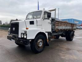 kipper vrachtwagen > 7.5 t Volvo N7 MANUAL STEEL SUSPENSION 1981