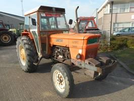 standaard tractor landbouw Fiat 1000 1979
