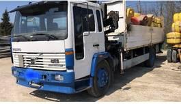 platform vrachtwagen Volvo FL615 FL 6 - Mechanical pump engine 1997