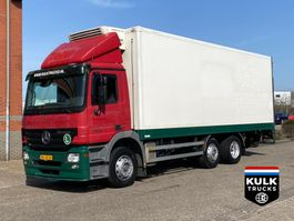 koelwagen vrachtwagen Mercedes-Benz Actros 2532 6X2 / FRIGO / Tail lift 2005