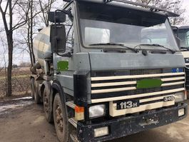 betonmixer vrachtwagen Scania P113-380 113 HK 8x4 - Mechanical pump 1996