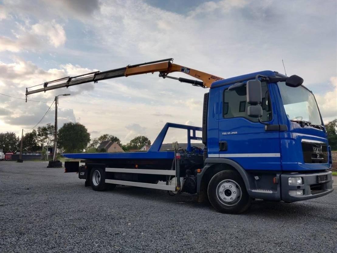 autotransporter vrachtwagen MAN TGL 12.250 depanneur Schuifplateau euro5 2013