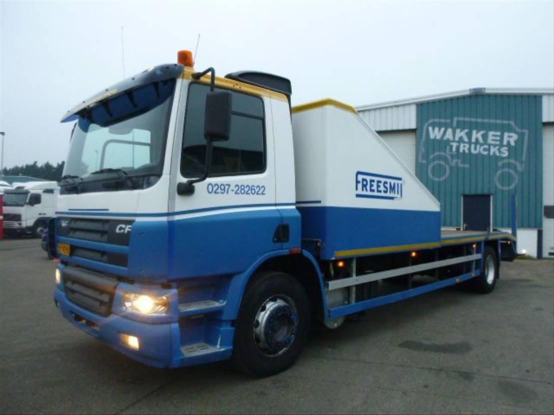 autotransporter vrachtwagen DAF CF 65 65CF 220 MANUAL HOLLAND 2002