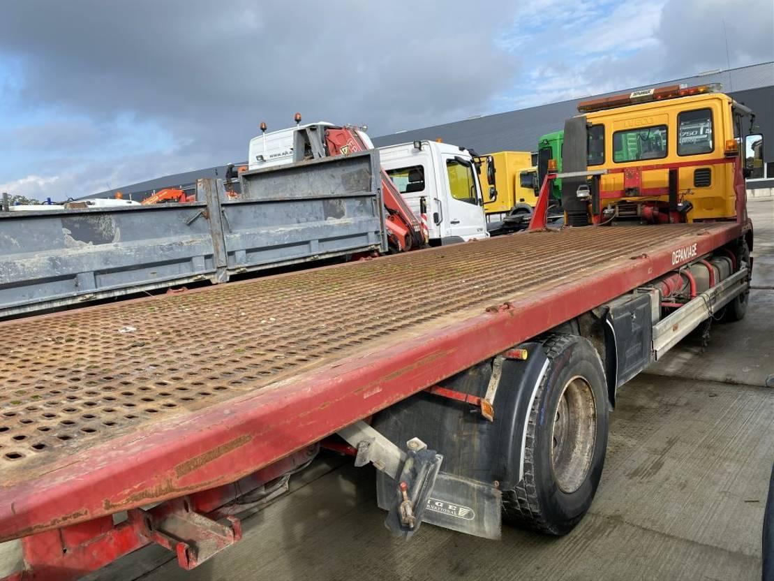 autotransporter vrachtwagen Iveco EUROCARGO 18E28 RECOVERYTRUCK