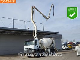 betonpomp vrachtwagen Renault Kerax 420 8X4 Manual Big-Axle Euro 3 Pumpe+Mixer 2006