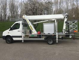 autohoogwerker vrachtwagen Volkswagen Crafter 50 4x4 2015