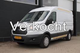 gesloten bestelwagen Ford Transit 350 2.2 TDCI 125PK L2H2 - Airco - Cruise - Trekhaak - € 10.500,- Ex. 2014