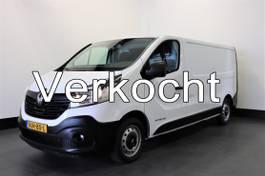gesloten bestelwagen Renault Trafic 1.6 dCi 120PK T29 L2H1 - Airco - Navi - Kastinbouw - € 11.900,- Ex. 2016