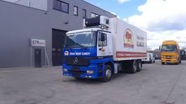 camion réfrigéré Mercedes-Benz Actros 2540 (FRONT STEEL / CARRIER FRIGO / 6X2) 1998