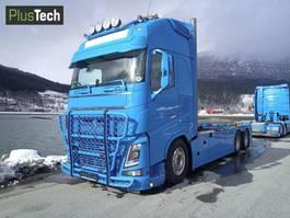 containersysteem vrachtwagen Volvo FH16 2014