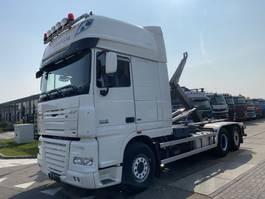 containersysteem vrachtwagen DAF XF 105 6X2 + AJK NHS20 HOOKLIFT 2013