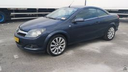 cabriolet auto Opel Astra TwinTop 1.8i 2006