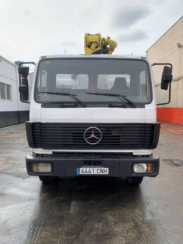 betonpomp vrachtwagen Mercedes-Benz SK 1722 Bomba de hormigon Puztmeister 24-4 BRF 1993