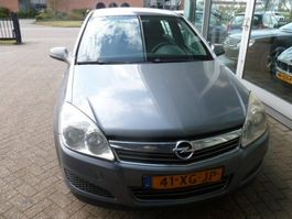 hatchback auto Opel Astra, 2007