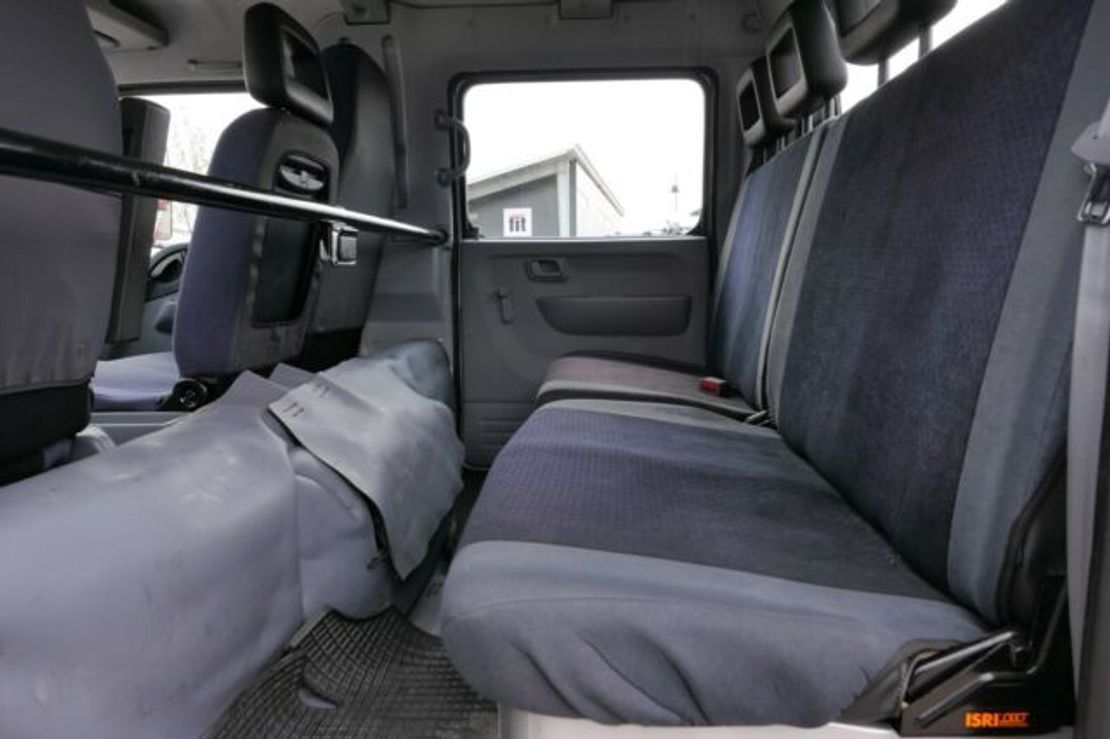takelwagen-bergingswagen-vrachtwagen Mitsubishi 7C18D Fuso Abschlepper Seilwinde Schiebe-Plateau 2013
