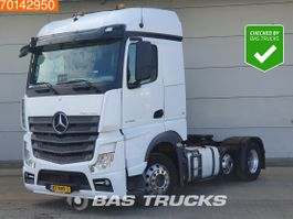 standaard trekker Mercedes-Benz Actros 2446 6X2 NL-Truck Liftachse 2x Tanks StreamSpace 2017