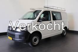 gesloten bestelwagen Volkswagen Transporter 2.0 TDI Dubbele Cabine - Airco - Navi - Cruise - Imperiaal - € 12.950 ,-... 2016