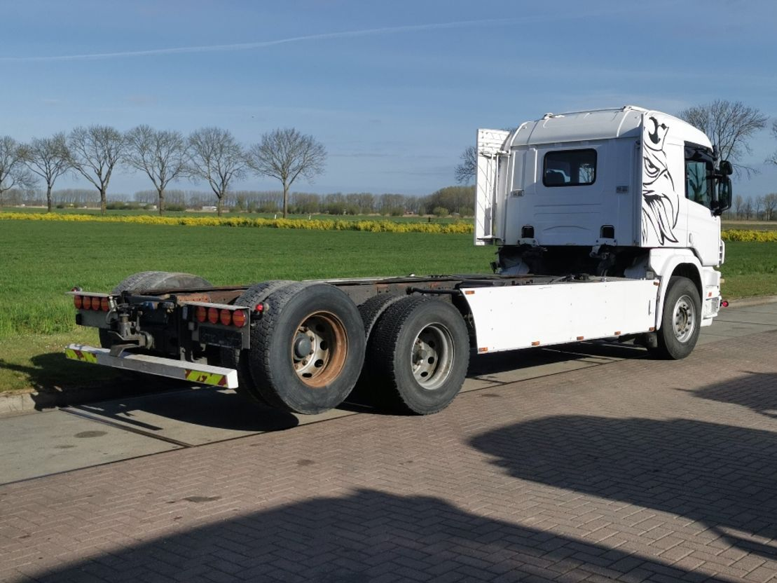chassis cabine vrachtwagen Scania P124 6x2 manual steel 1997