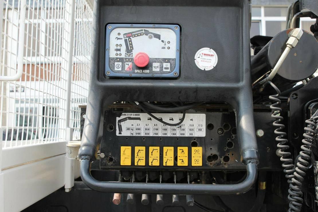platform vrachtwagen Volvo FMX 410 8x4 VEB+/Plattform 8m/Kran Hiab 15m/Funk 2012