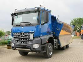 kipper vrachtwagen > 7.5 t Mercedes-Benz 3351 6x6 3-Achs Allradkipper Bordmatik 2014