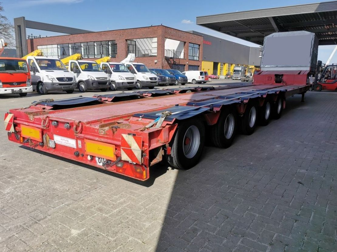 semi dieplader oplegger Goldhofer STZ-L5-52/80 Powersteering 9 M Extand. Winch Traintrailer! 2002