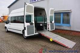 minivan - personenbus Ford 125T300 8 Sitze Rollstuhrampe Scheckheft 2015
