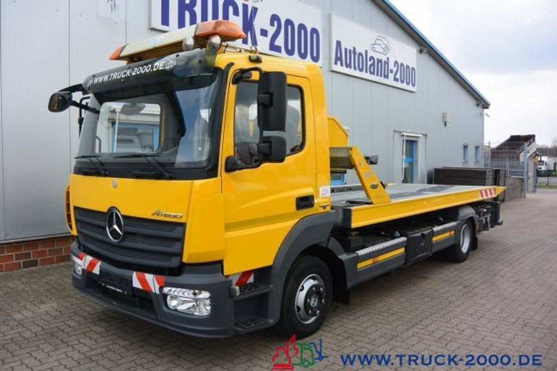 autotransporter vrachtwagen Mercedes-Benz Atego 918 Pannenhilfe Schiebeplateau Bergebrille 2014