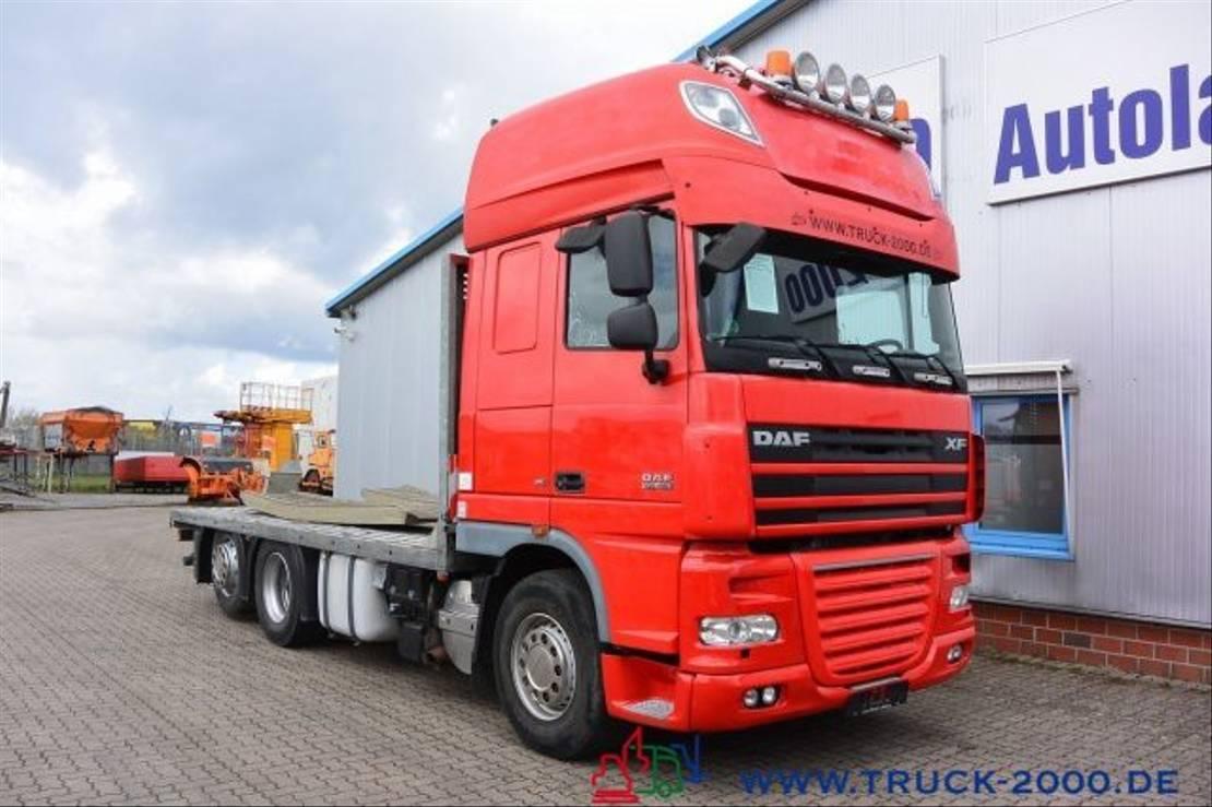autotransporter vrachtwagen DAF Spezial Baumaschinen Trecker Sonstige 2009